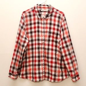 Old Navy Plaid button down long sleeve shirt
